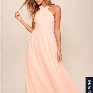 Lulu's Air of Romance Peach Maxi size M